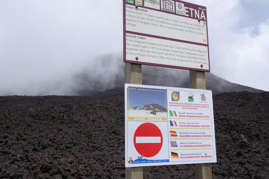 Zakaz wstępu na szlak do wierzchołków Etny