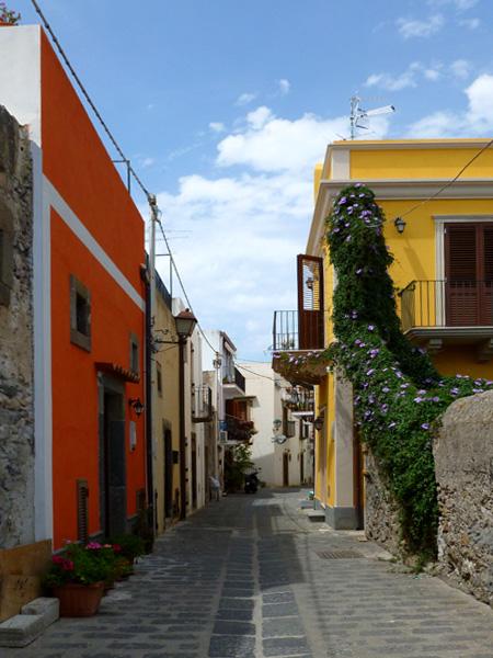 09 Kolorowe domy i zielen