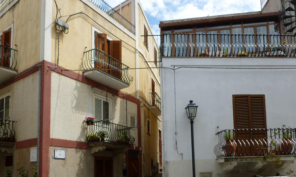 14 Jeszcze balkony