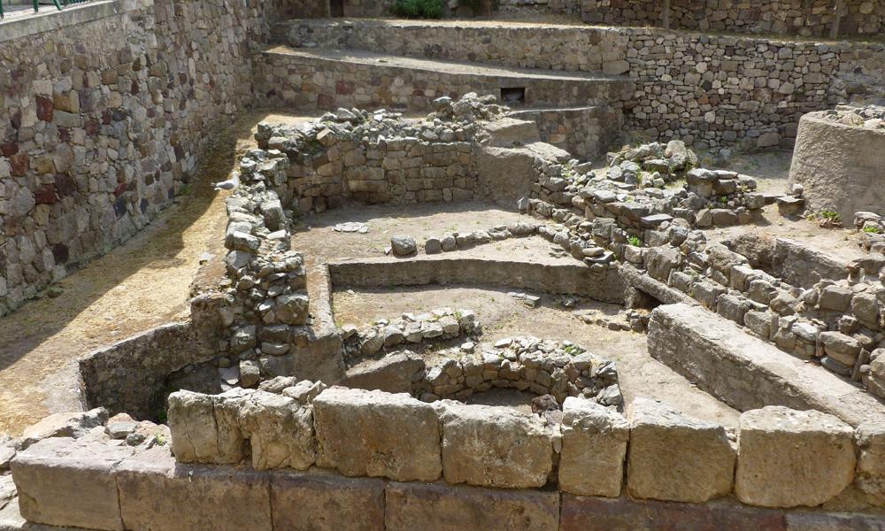 10 Wykopaliska archeologiczne na terenie muzeum