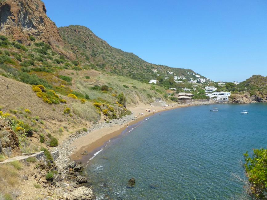 5 Spojrzenie wstecz na Caletta dei Zimmari z Punta Milazzese