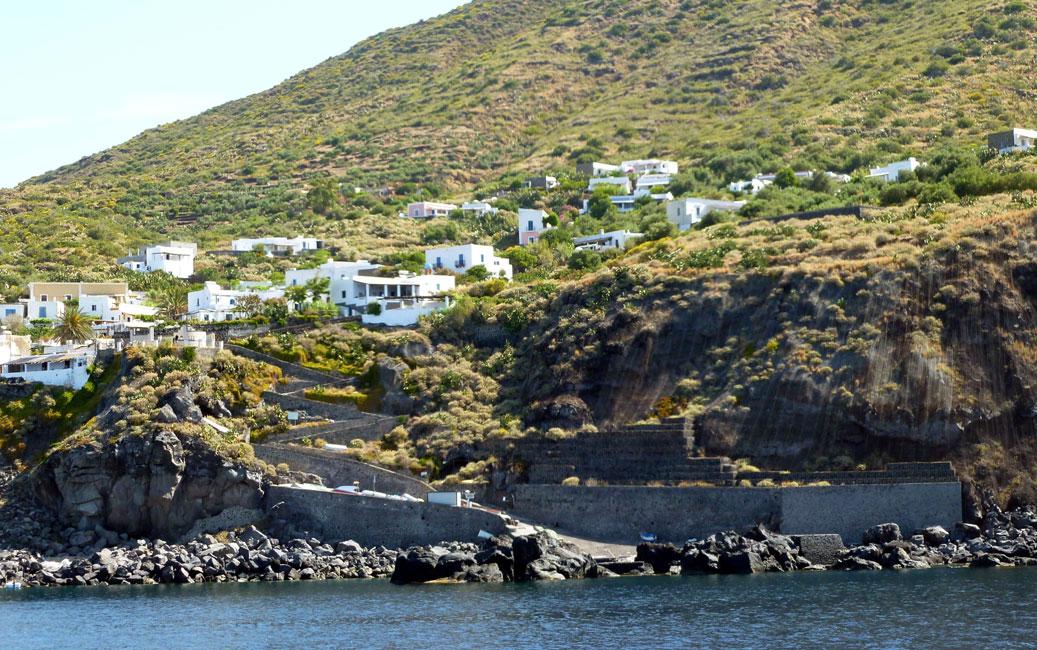 02 Portuso, port w poludniowo-zachodniej osadzie Ginostra - bede tu za pare dni