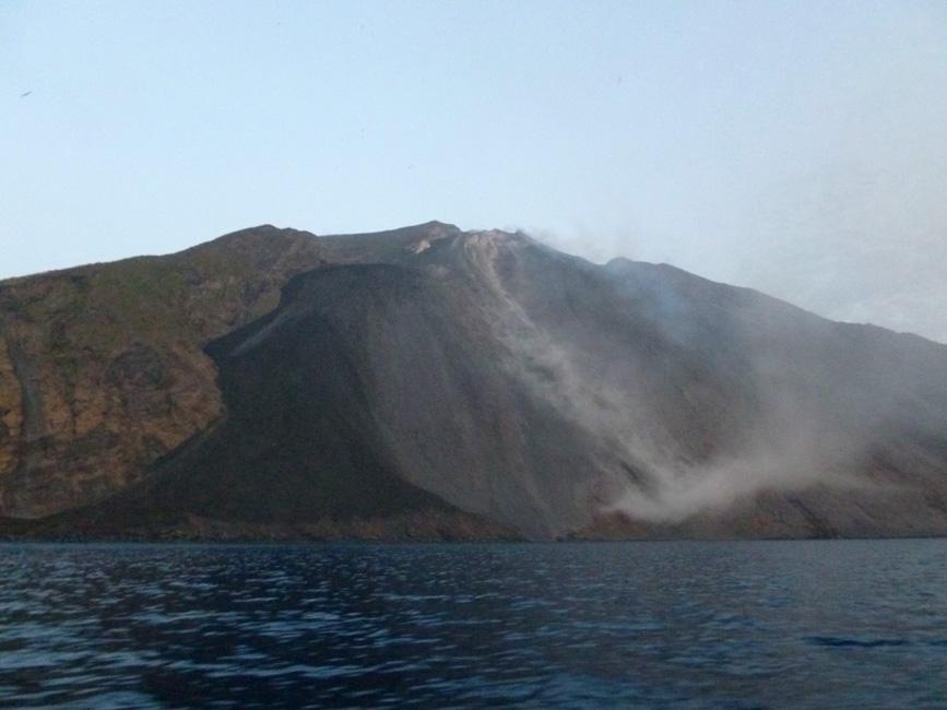 16 Sciara del Fuoco, czekajac na erupcje
