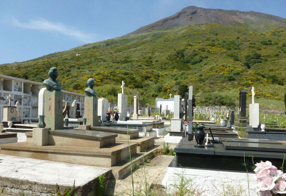 06 Cmentarz na tle Iddu