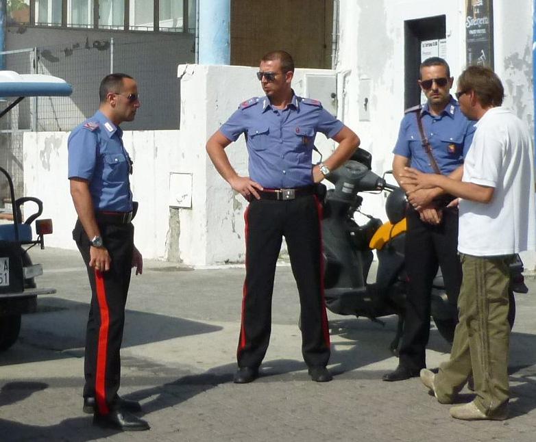 10 Carabinieri