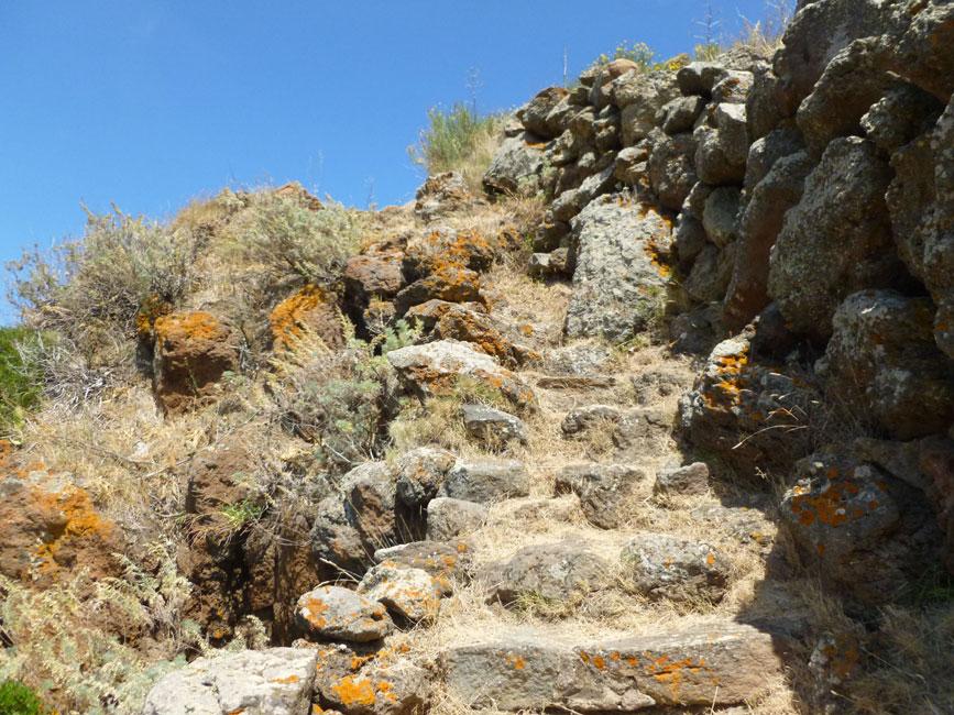 07 Na gorę prowadzą kamienne schody