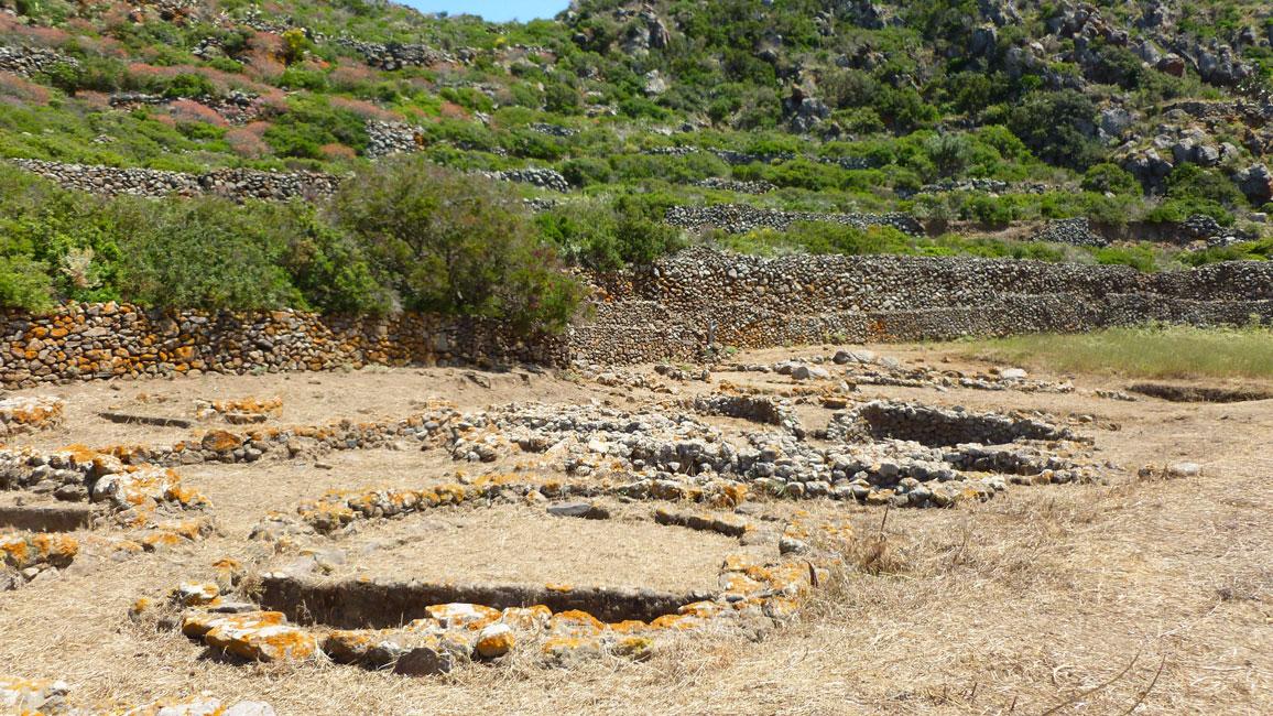 11 Wykopaliska na Capo Graziano