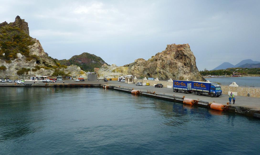 14 Port Vulcano