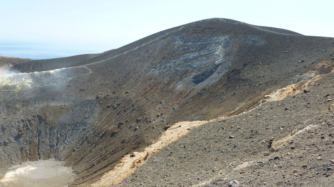 10 Spojrzenie na krater z roznych stron