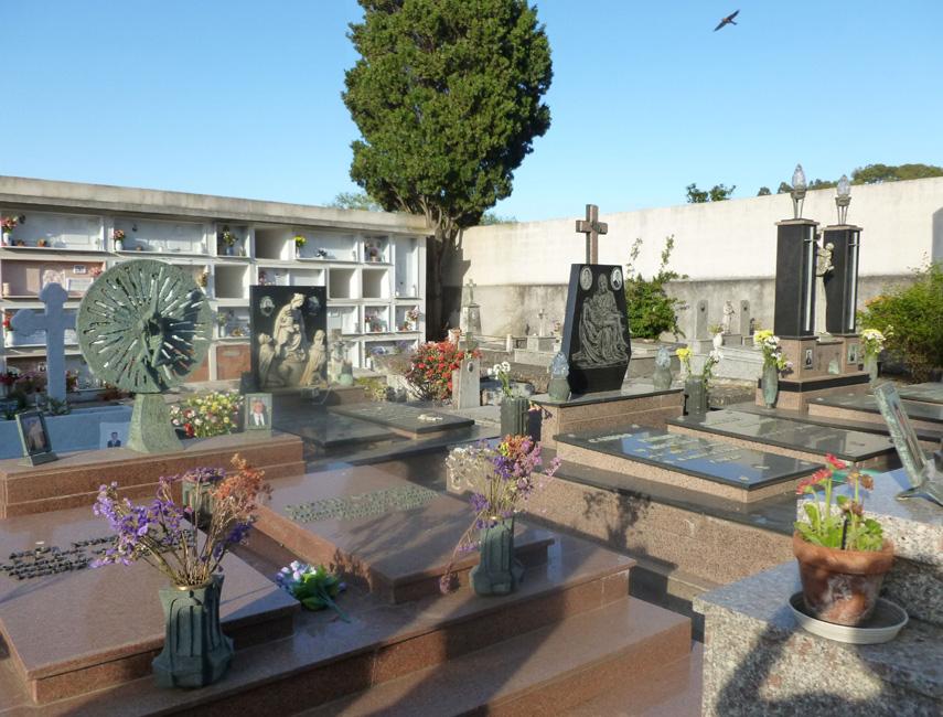 22 Cmentarz