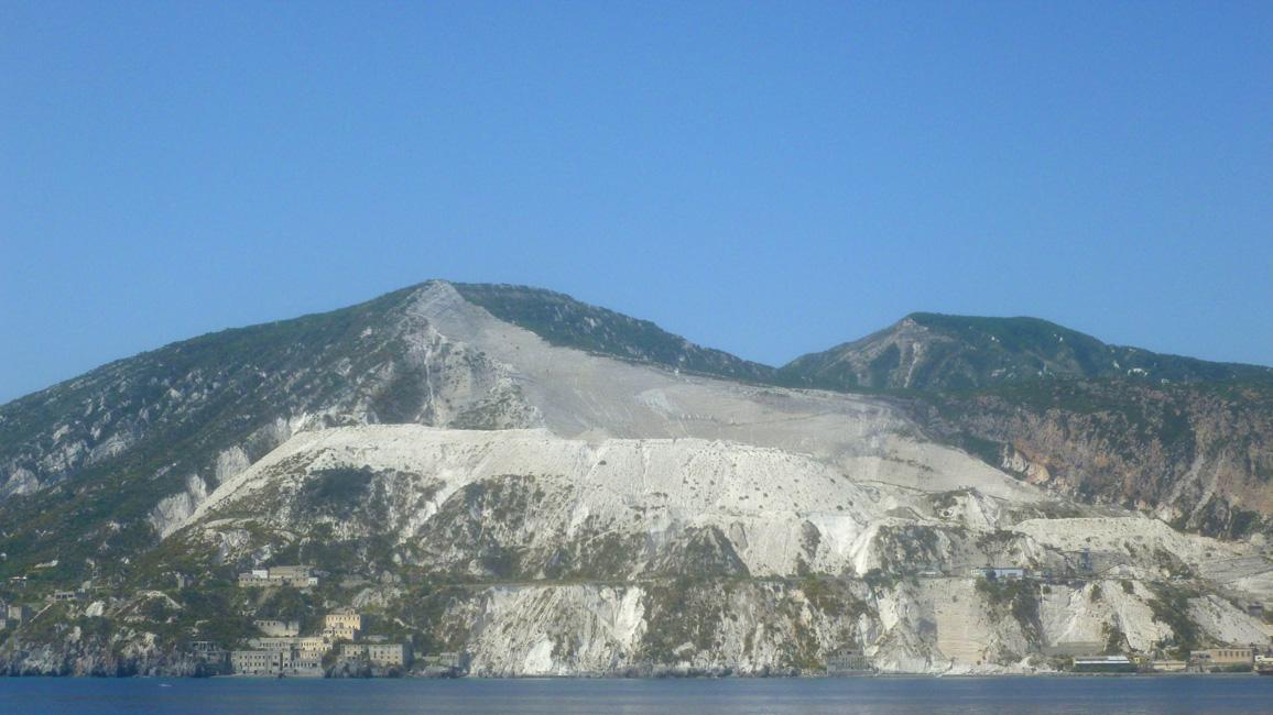4 Pumeksowe wzgorza i kopalnie na Lipari