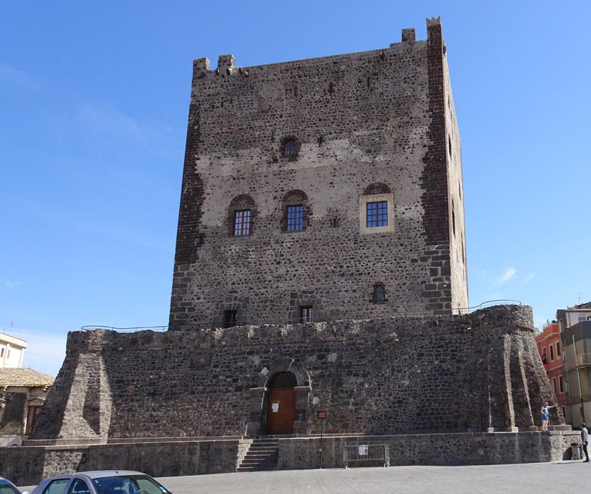 Zamek w Adrano
