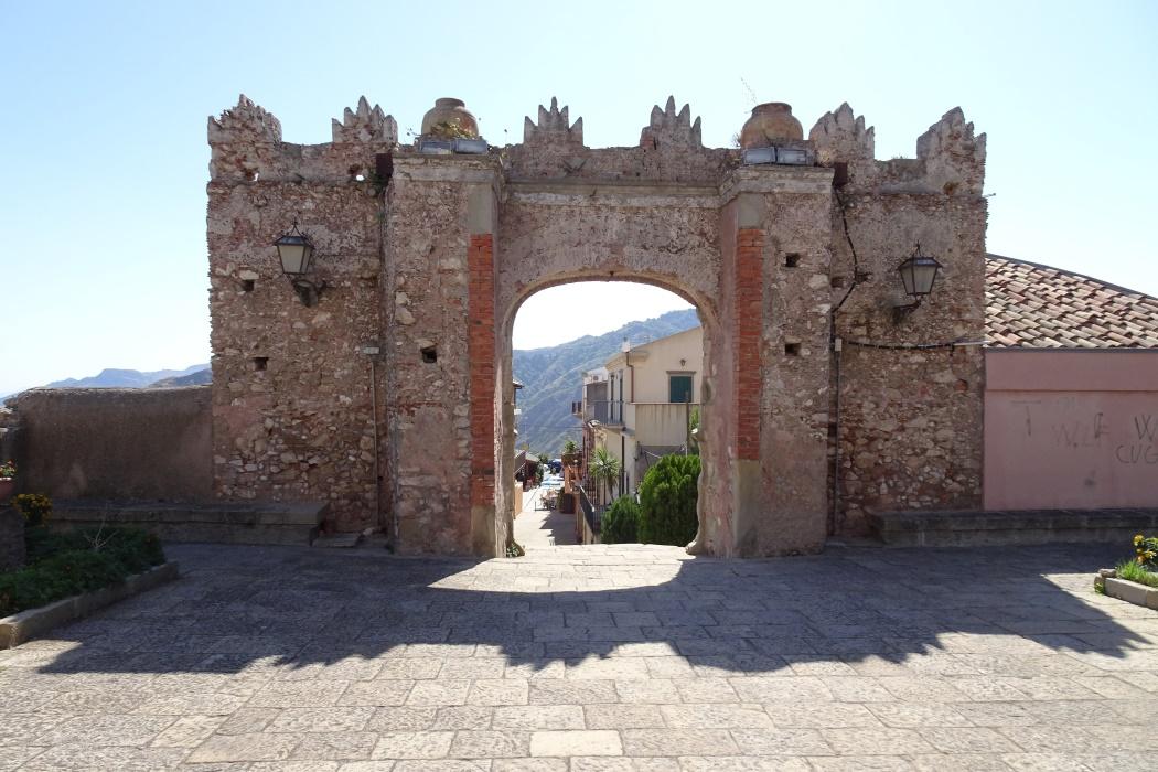 Arco Durazzesco