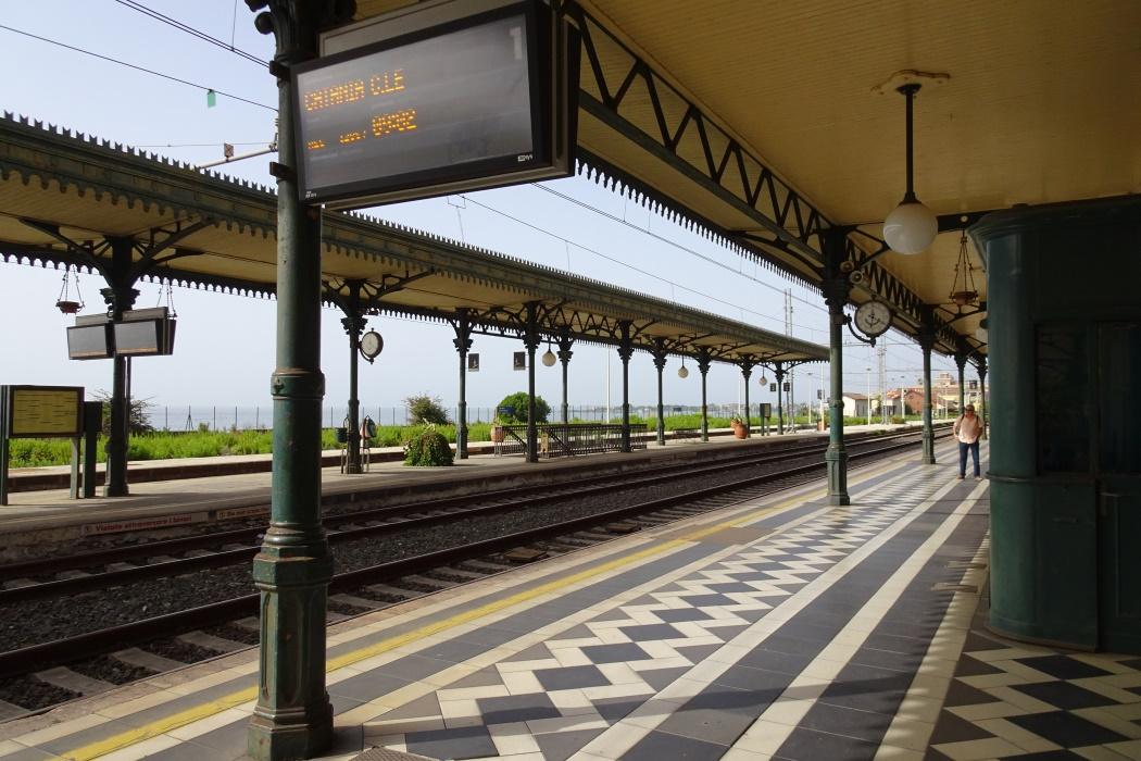 Na peronie
